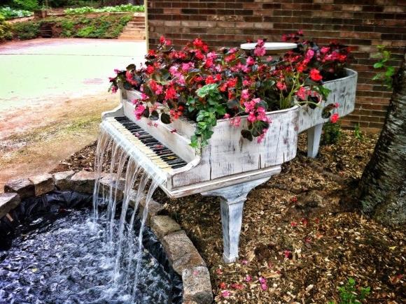 Eye-catching garden water feature. Photograph by Water Garden Ltd